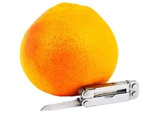 orange-with-pocketknife